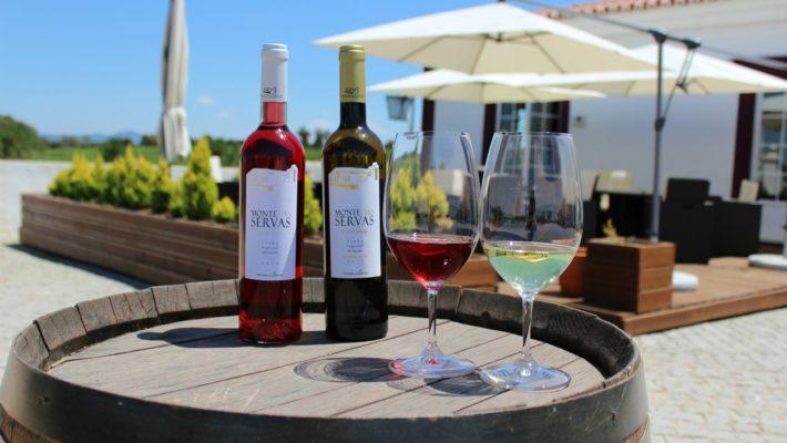 Herdade das Servas Portugal 710x400 - Enoturismo em Portugal: 8 vinícolas incríveis para visitar