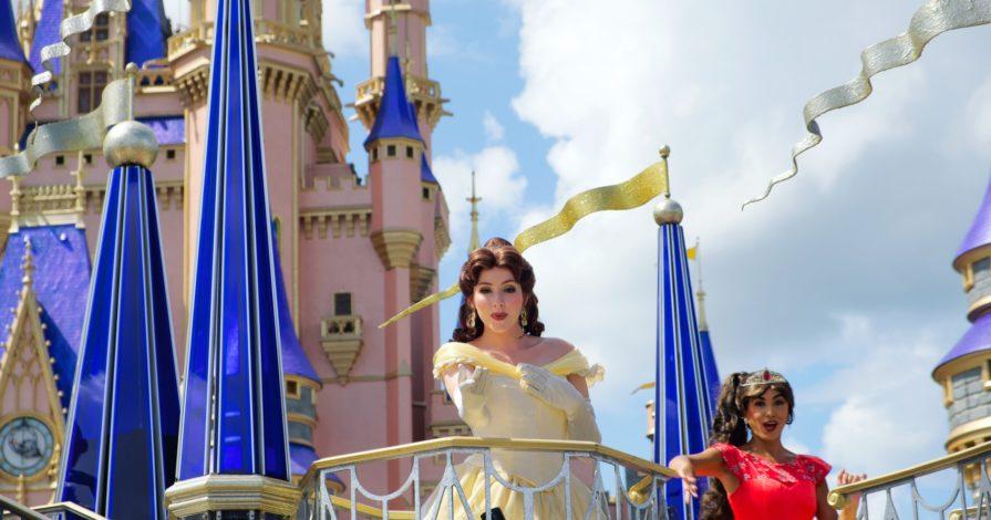 Princesa Disney Orlando Magic Kingdom 895x470 - Guia Magic Kingdom: dicas para aproveitar o parque da Disney