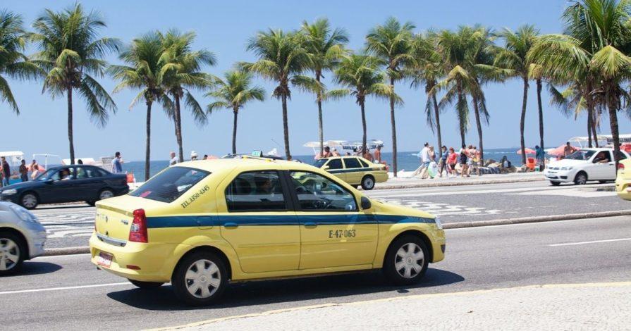 Seguranca no Rio de Janeiro Taxi 895x470 - Segurança no Rio de Janeiro: 10 dicas pra evitar perrengues