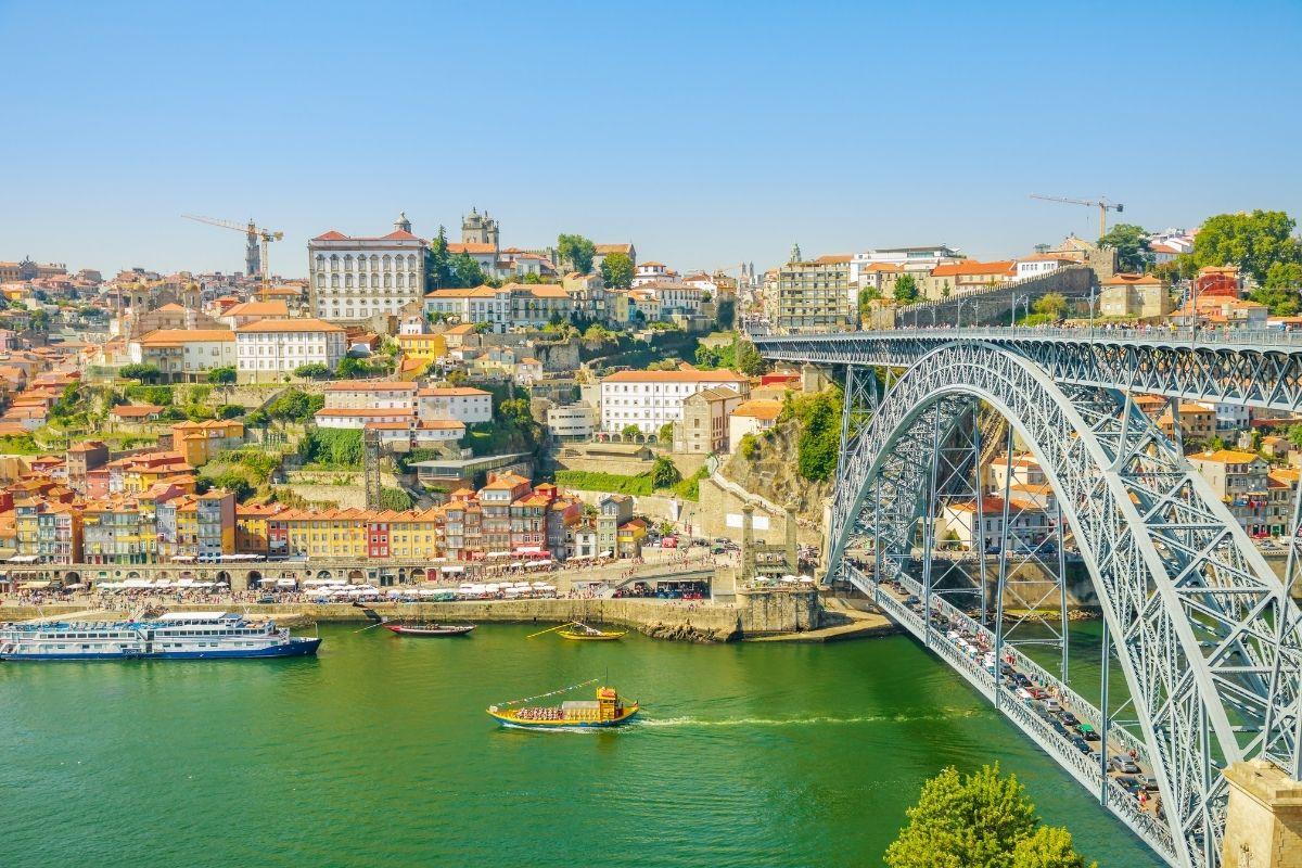 Ribeira do Porto, em Portugal